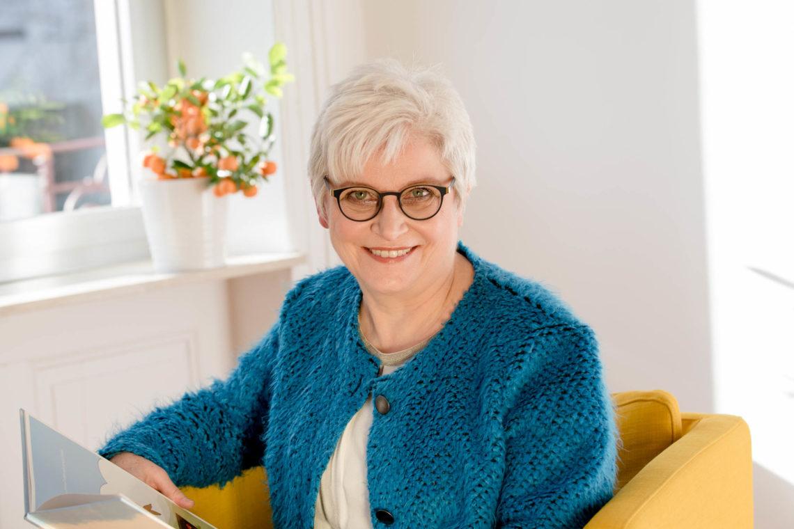Dr. Lisa Lax, Expertin für Work-Child-Balance